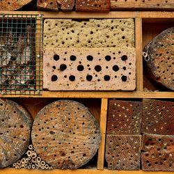 Hold insekterne væk fra havebordet…