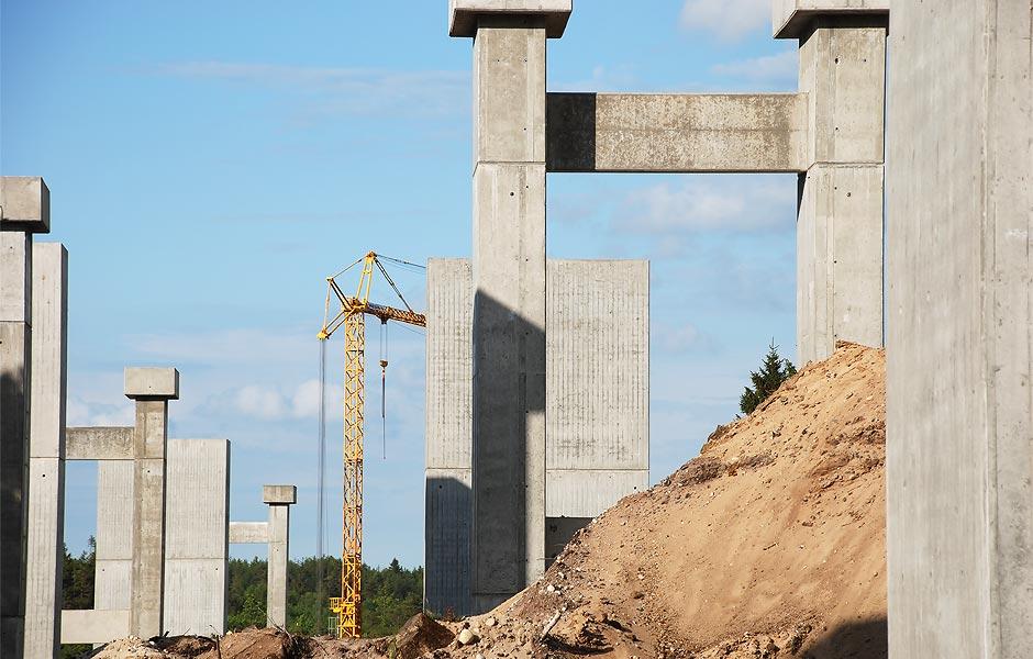 Opstilling af betonsøjler