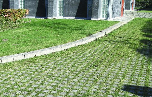 Rustik græsarmering i grå