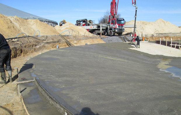 Levering af færdigbeton med betonpumpe